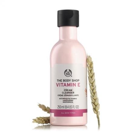 Очищающее молочко Витамин Е