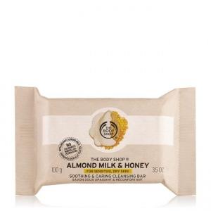 Migdolų pieno ir medaus raminamasis prausimosi muilas