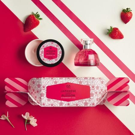 Подарочный набор Japanese Cherry Blossom Strawberry Kiss