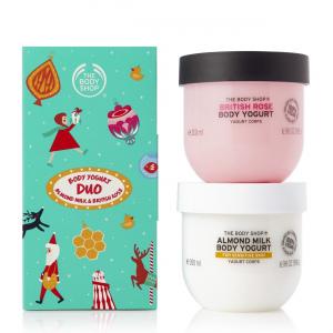 Migdolų pieno ir britiškų rožių kūno jogurtų duetas