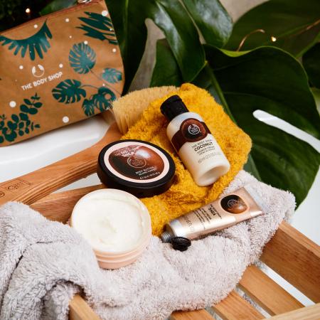 Подарочный набор в косметичке «Ши и кокос»