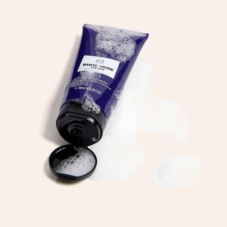 White Musk® For Men plaukų ir kūno prausiklis